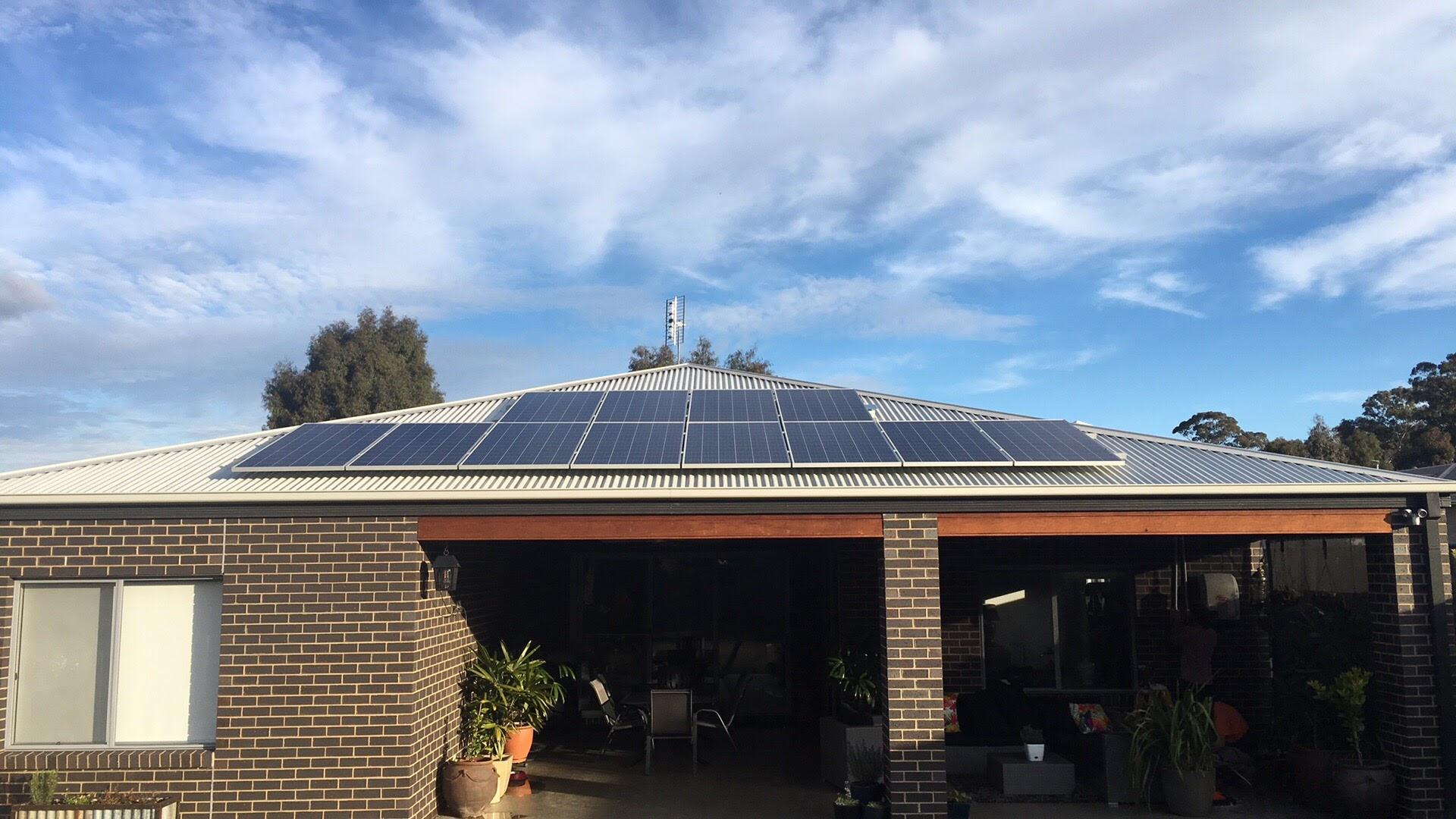 Castlemaine Solar install